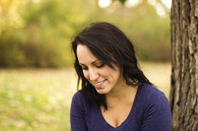 Hypnose mod depression hos Charlotte Bang